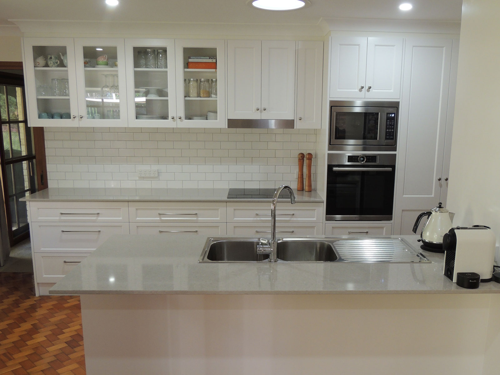 kitchen cabinets shaker style shaker style kitchens cut above kitchens amp cabinets 21178